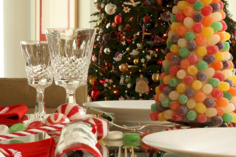 Unique Unusual Christmas Table Centerpieces Ideas