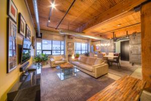 Value Toronto Lofts South Riverdale Leslieville