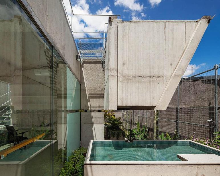 Weekend House Downtown Paulo Spbr Caandesign