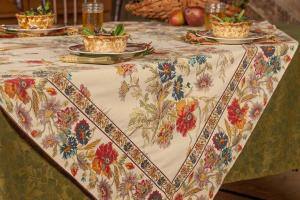 Wildflowers Tablecloth Linens Kitchen Tablecloths