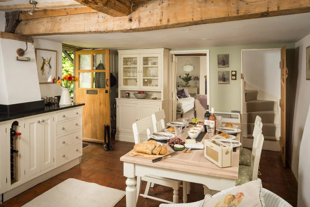 7 Best Tips For Creating Cottage Interior Design Decorilla Online