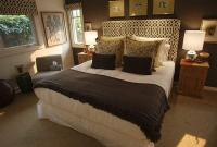 Chocolate Brown Bedroom Walls - Home Decorating Ideas