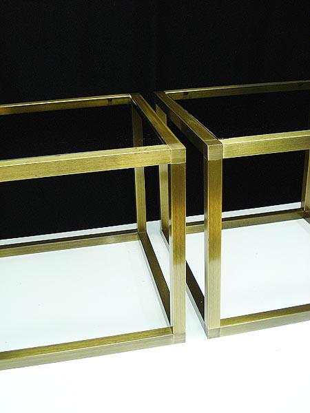 hickory chair furniture beds covers hollywood regency brass and glass cube side tables