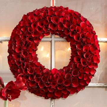 Round Red Roses Wood Wreath