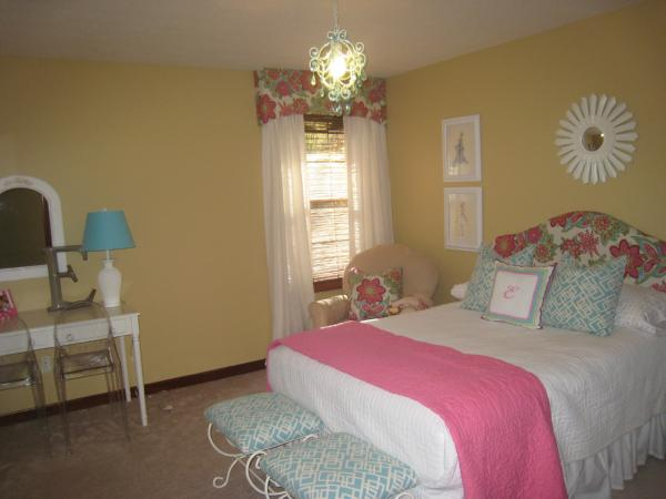 yellow bedroom chair pride lift chairs girl's room - sherwin williams blonde