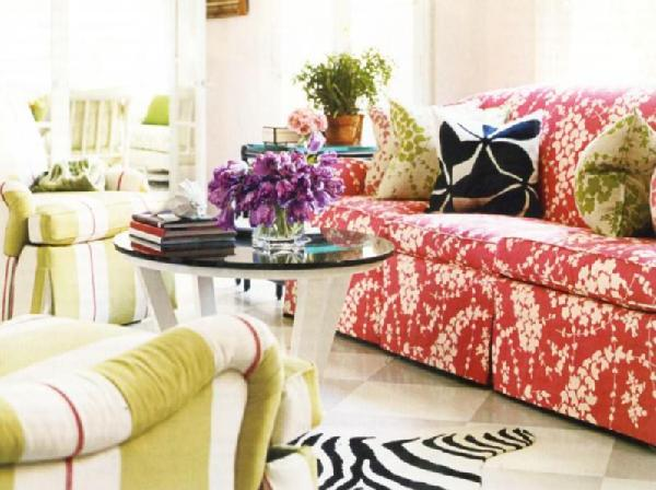 floral print accent chairs disposable folding chair covers patterned sofa - eclectic living room house beautiful