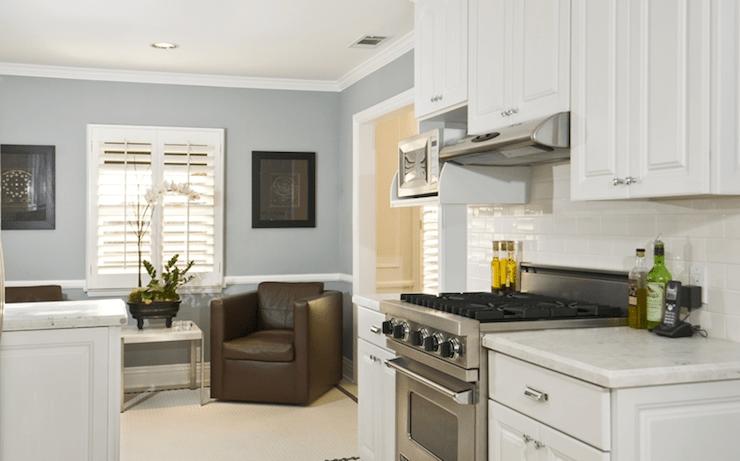Brown Kitchen Cabinets Blue Walls Design Ideas