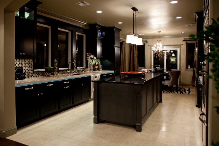 kitchen counters small eat in table