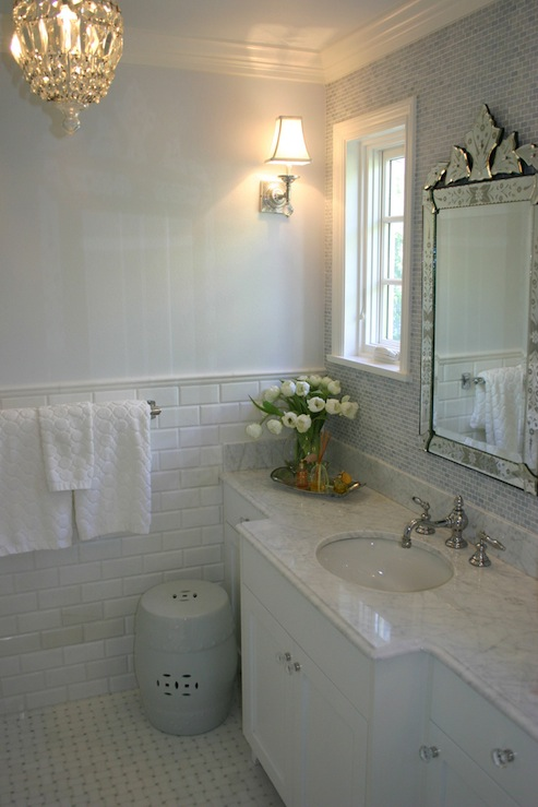 Elegant Bathroom Ideas  Traditional  bathroom  Graciela