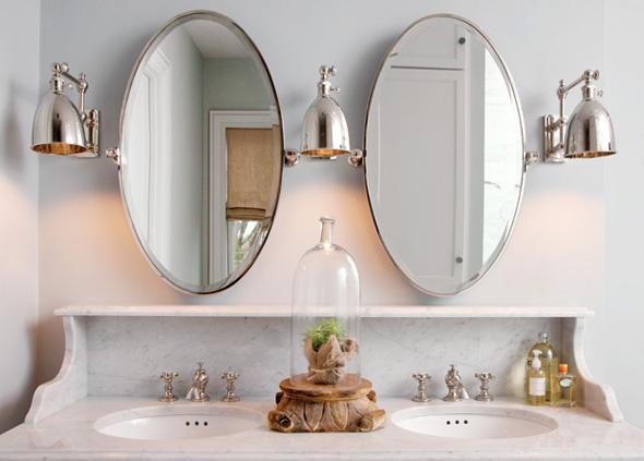 Oval Mirrors Design Ideas