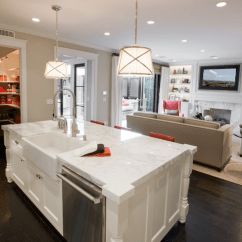 Kitchen Island With Sink Undermount White And Dishawasher In Contemporary