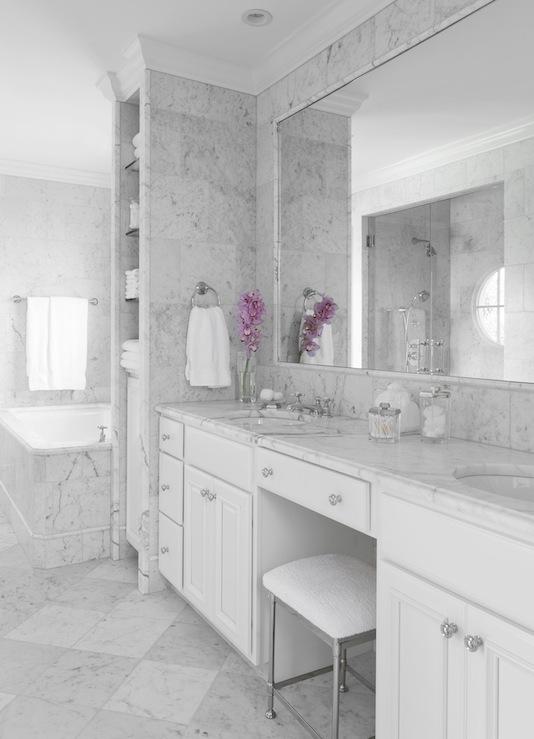 Statuarietto Marble  Transitional  bathroom