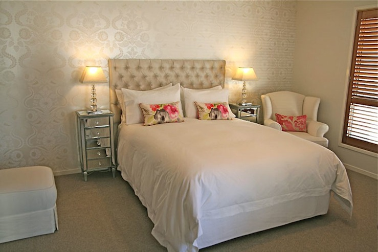 Silver Bedroom Wallpaper Design Ideas