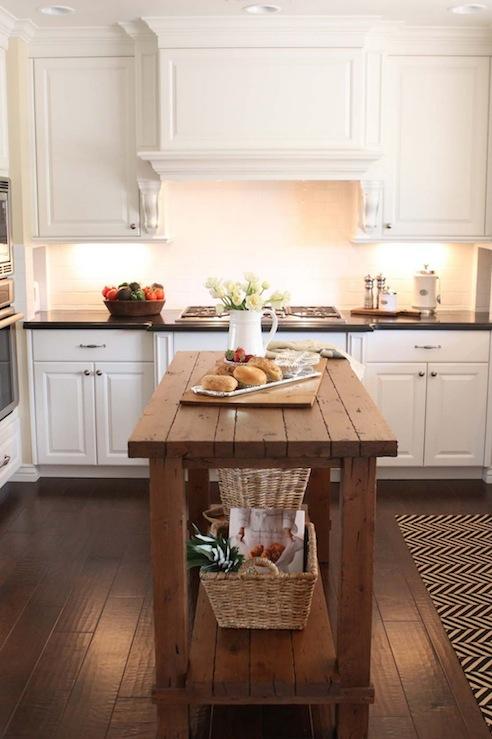 Reclaimed Wood Kitchen Island Design Ideas