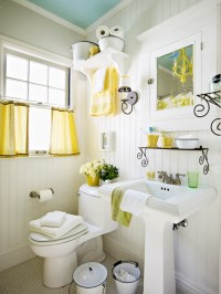 Yellow Accents - Cottage - bathroom