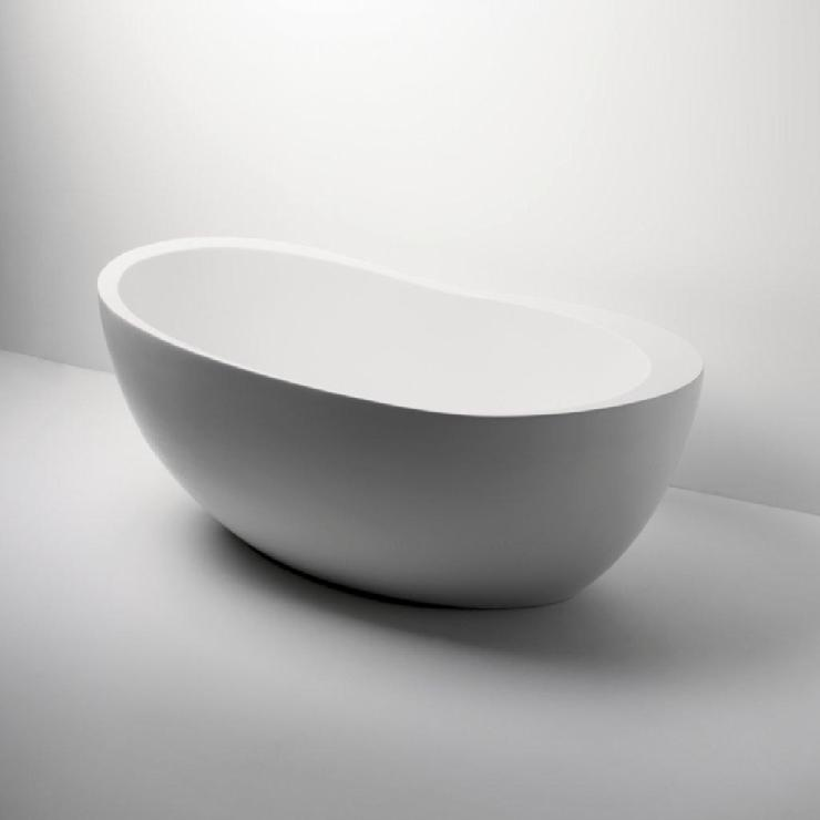 pictures of black and white living rooms large artwork for room uk freestanding oval bathtub 70