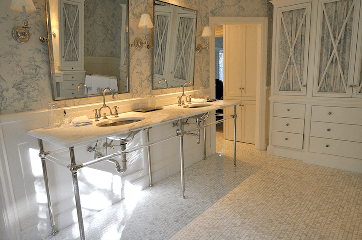 Toile Wallpaper  French  bathroom  Cote de Texas