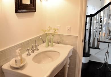 Bathroom Black Marble Baseboards Design Ideas Decorpad
