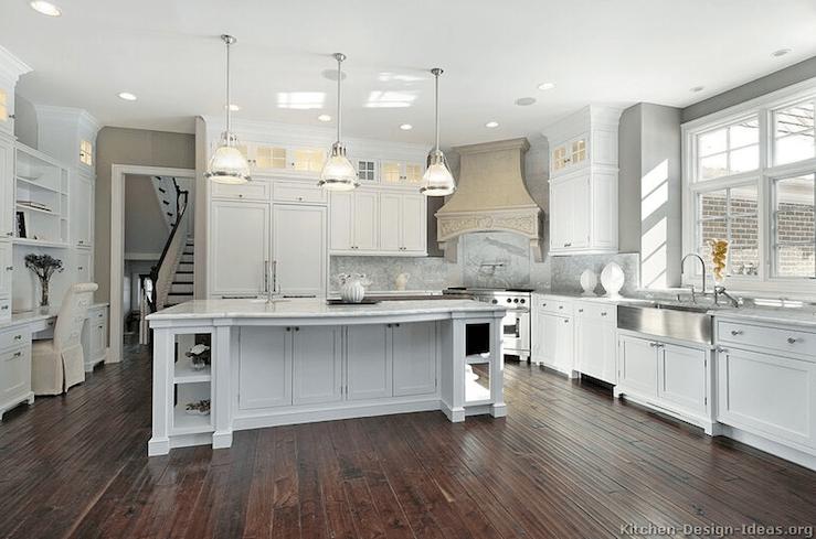 Corner Stove  Transitional  kitchen  Kitchen Design Ideas