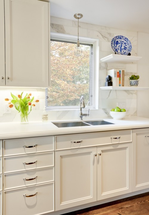off white kitchen cabinets door mounted garbage can with lid traditional leslie goodwin