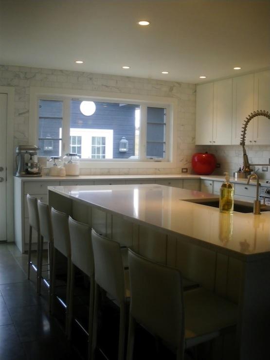 White Quartz Countertops Contemporary Kitchen Moth