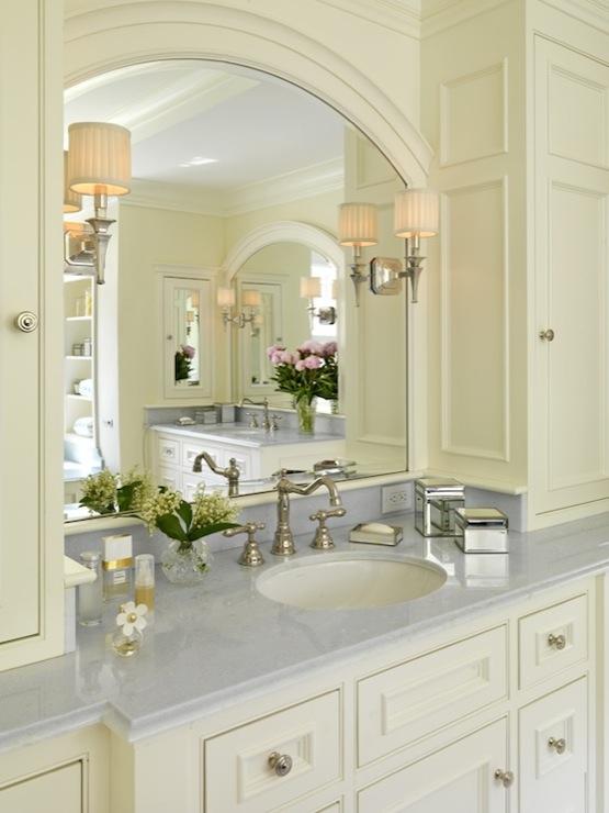 Cream Bathroom Cabinets  Traditional  bathroom  Jan Gleysteen Architects