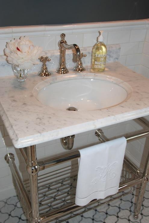 Amherst Gray  Transitional  bathroom  Benjamin Moore