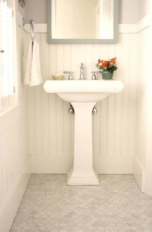 beadboard bathroom cottage bathroom