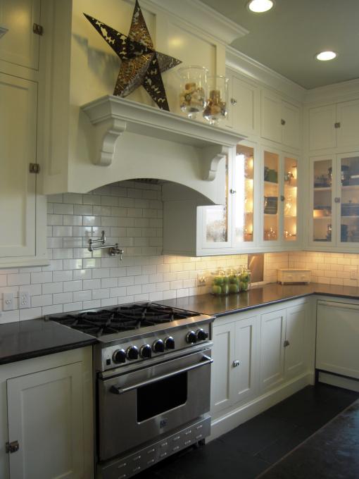 hgtv kitchen backsplash tile subway transitional