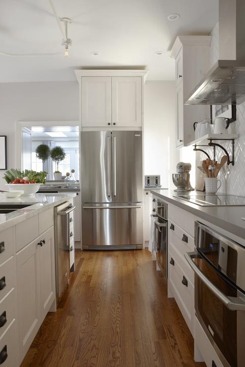 Ikea Kitchen Cabinets  Contemporary  kitchen  Para