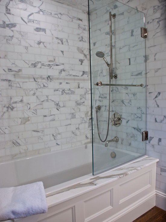 Drop In Tub Glass Shower Partition Transitional Bathroom 1 Plus 1 Design