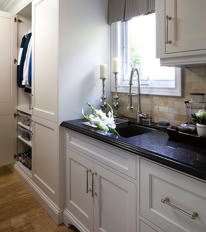 Mudroom Cabinets  Traditional  kitchen  Jane Lockhart
