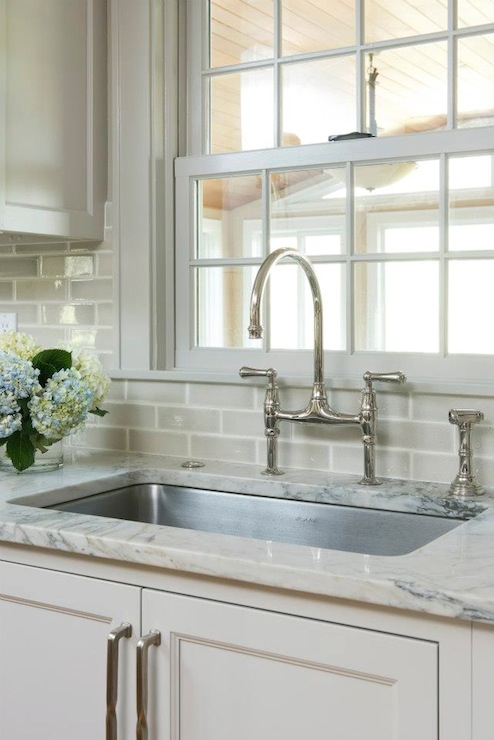 Crackle Subway Tile Backsplash Design Ideas