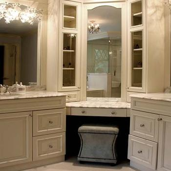 Corner Vanities Design Ideas