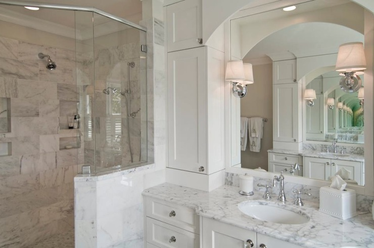Benjamin Moore Decorators White  Traditional  bathroom