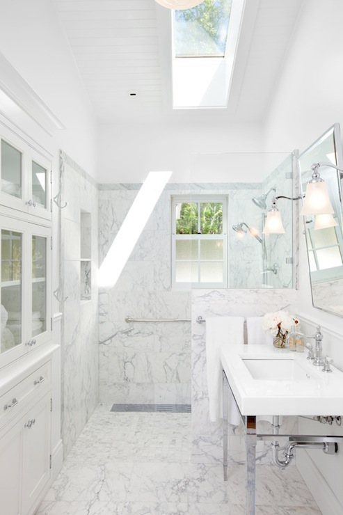 Bathroom Skylight  Traditional  bathroom  Jodi Foster