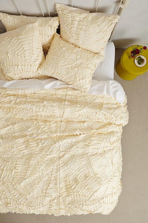 lighting for living rooms room coffee table set cream sliced pattern textured duvet cover