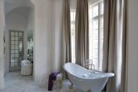 Bathroom with high Ceiling - Transitional Bathroom ...