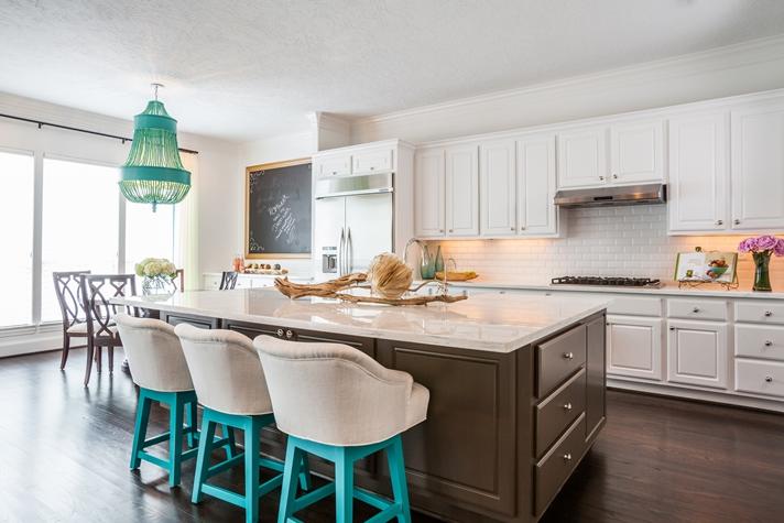 Brown KItchen Island  Contemporary  kitchen  Laura U Interior Design
