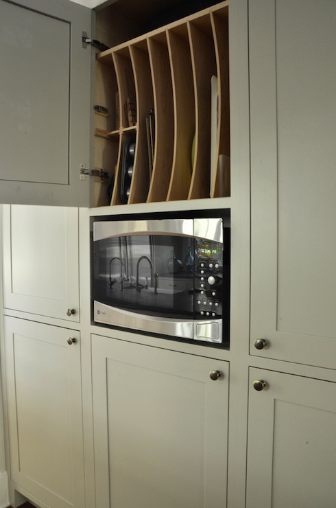 Pan Storage  Transitional  kitchen  Benjamin Moore Brushed Aluminium  Dearborn Cabinetry