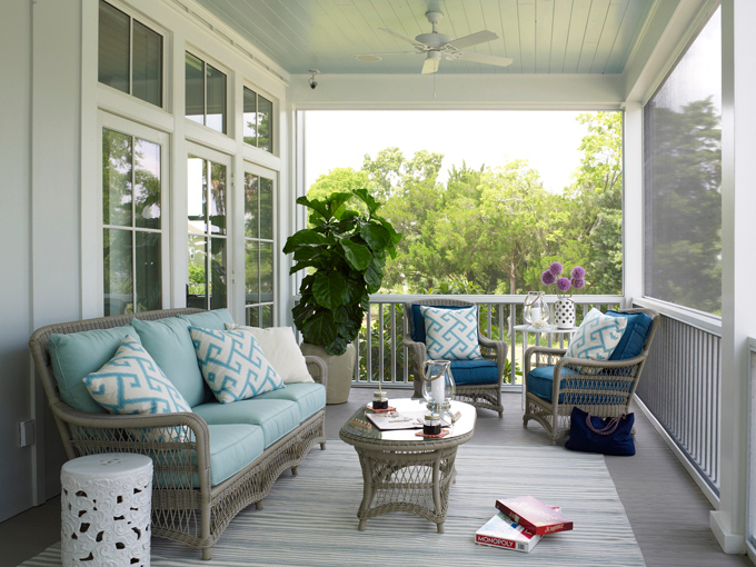 Cottage  Porch  Sherwin Williams Piazza Blue