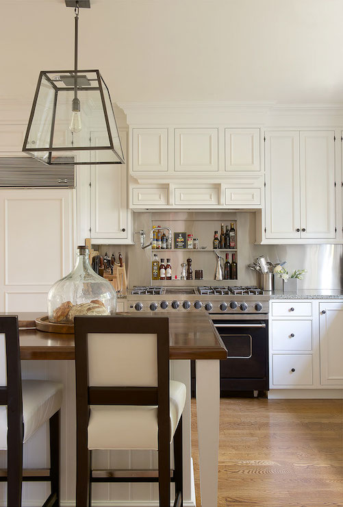 Scalloped Kitchen Hood Transitional Kitchen Susan Gilmore Photography