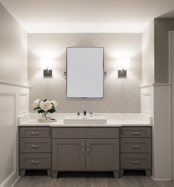 gray bathroom ideas White And Grey Bathroom Design Ideas