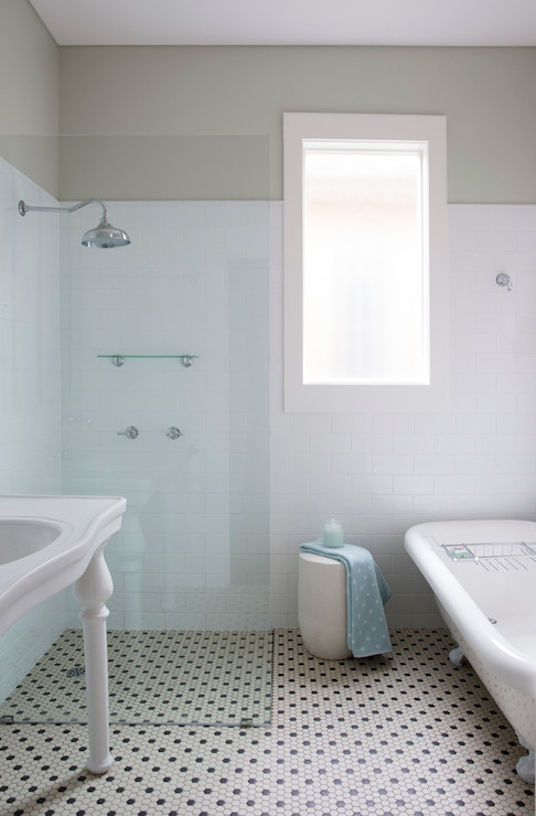 Open Shower  Transitional  bathroom  ICI Dulux Winnow