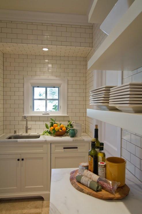 subway tile backsplash kitchen cabinet crown molding bathroom soffit design ideas