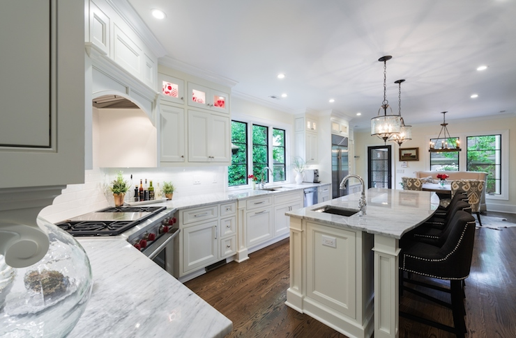 Corner Stove  Transitional  kitchen  Andrew Roby