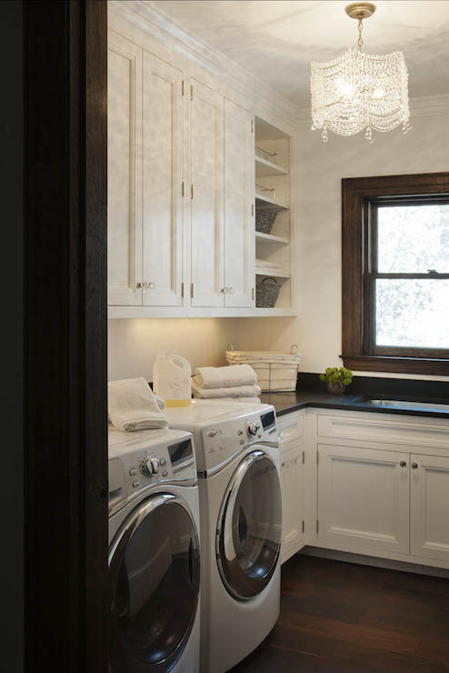 kitchen pantry cabinet freestanding oil rubbed bronze faucet crystal pulls design ideas