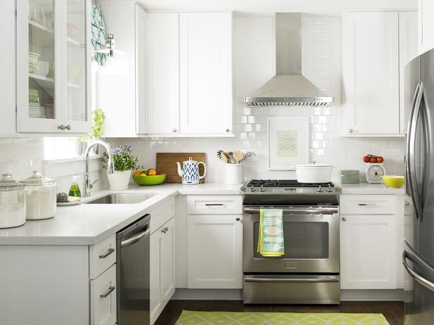 Two-tone Oak Kitchen Cabinets Light Gray Quartz Countertop - Transitional - Kitchen - Hgtv