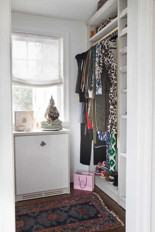 Walk In Closet Built Ins Design Ideas