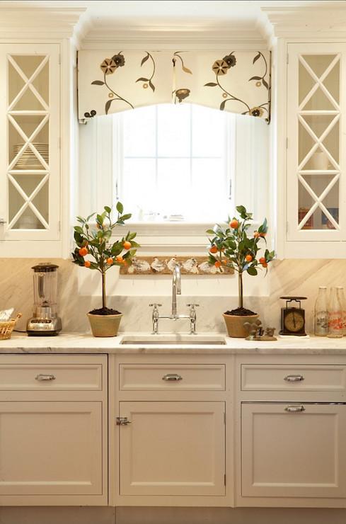 Kitchen Valance Design Ideas
